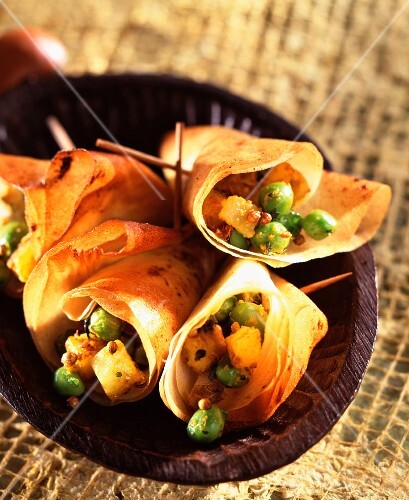 Curried peas in filo pastry