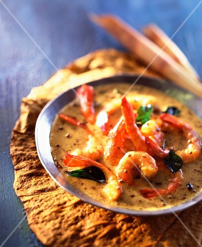 Prawn curry with ginger and creamed coconut