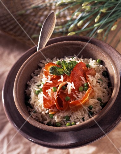 Sauteed rice with peas and bacon