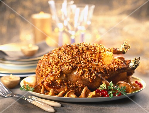 capon coated in caramelized almonds