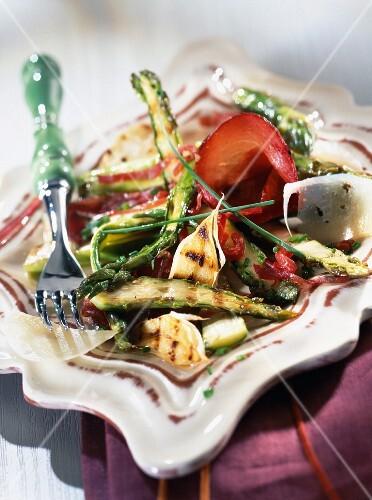 Grilled asparagus, bresaola and pecorino salad