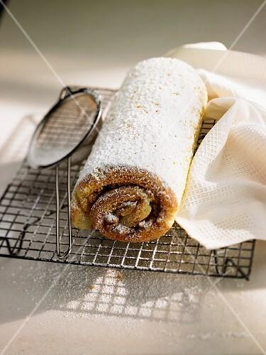 Swiss roll with chestnut cream