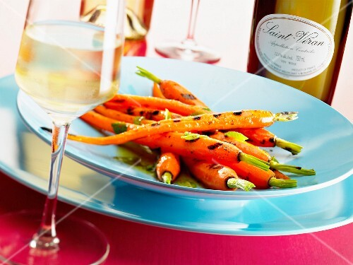 Whole grilled carrots