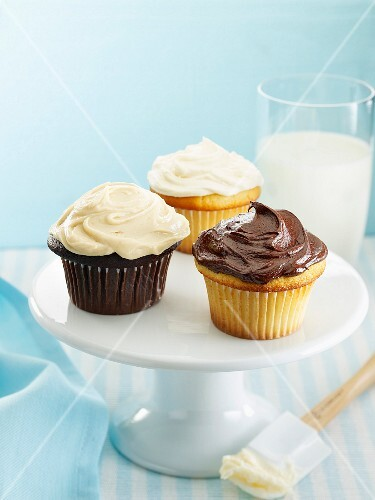 Muffins with chocolate cream