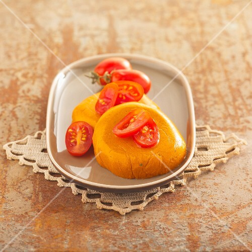 Tomato mousse with basil