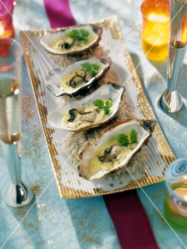 Oysters with curry sauce