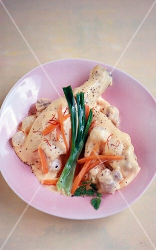 Blanquette de poulet (chicken fricassee)