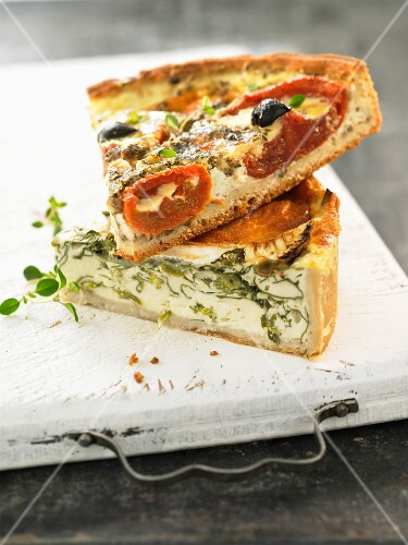 Spicy tomato and ricotta tart with herbs