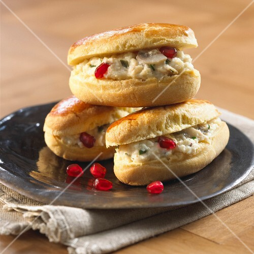 Brioche rolls with fish