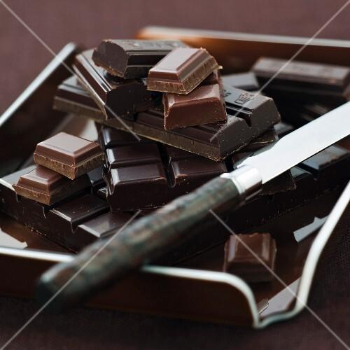 Various bars of broken chocolate