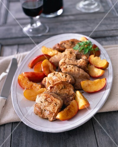 Pork Mignon with apples