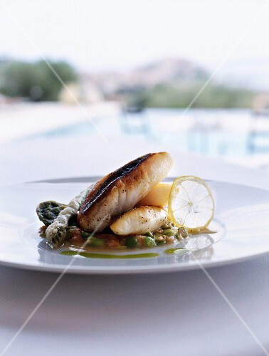 A small John Dory fillet with lemons