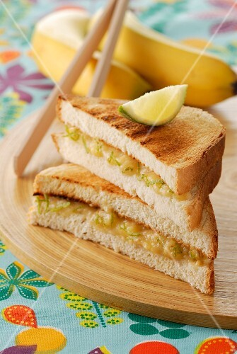 Banana and lime toasted sandwich