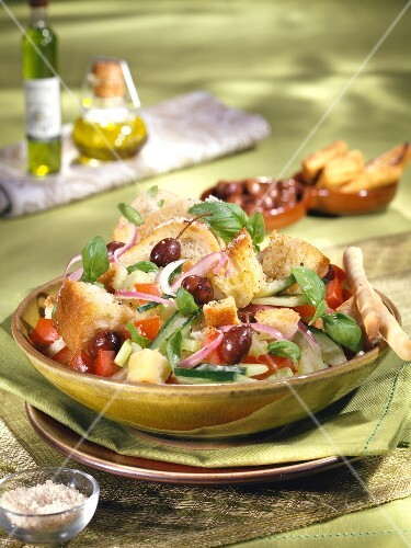 Traditionnal Panzanella