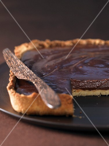 Chocolate shortbread tart