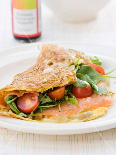 Omelette with smoked salmon