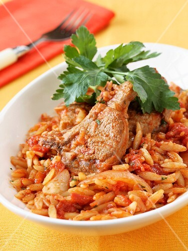 pasta with lamb and tomatoes