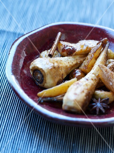 Pan-fried parsnips and potatoes with spices