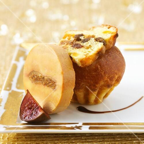 Foie gras with figs and raisin brioche