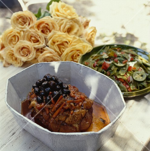 Mini roast veal with olives and carrots