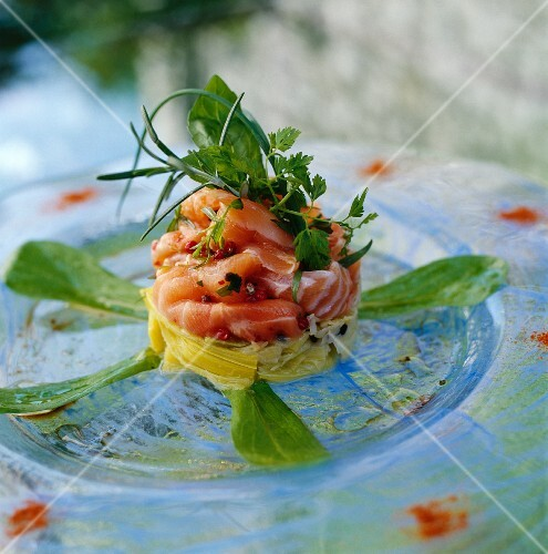 Smoked salmon timbale on leek