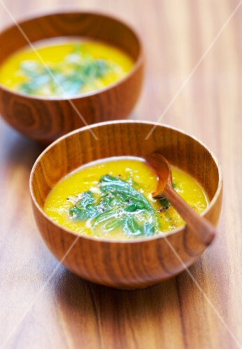 Cream of pumpkin soup with spinach