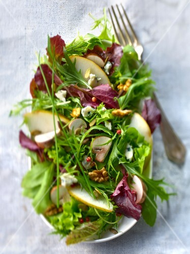 Sweet and sour autumn oraganic salad