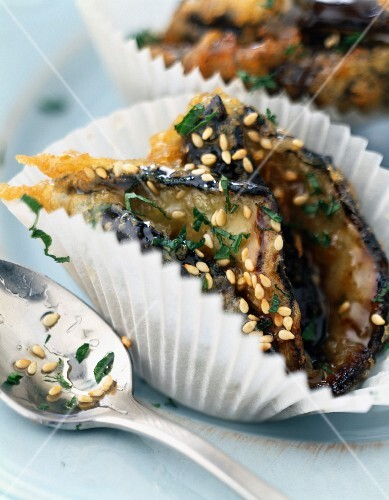 Eggplant fritters with sesame seeds