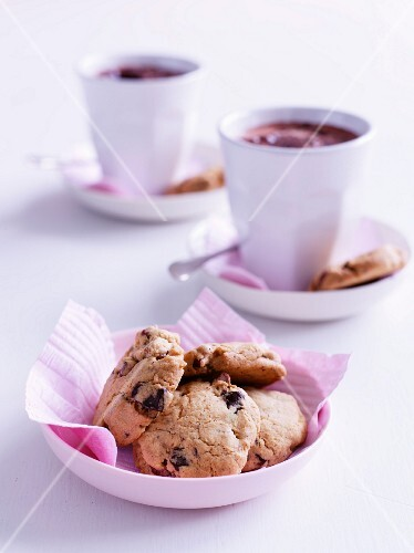 Chocolate chip cookies and hot chocolate