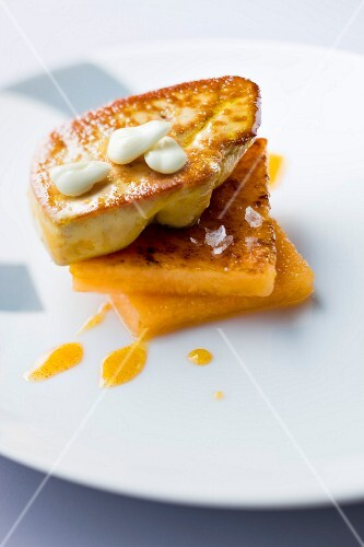 Pan-fried foie gras with grilled melon squares