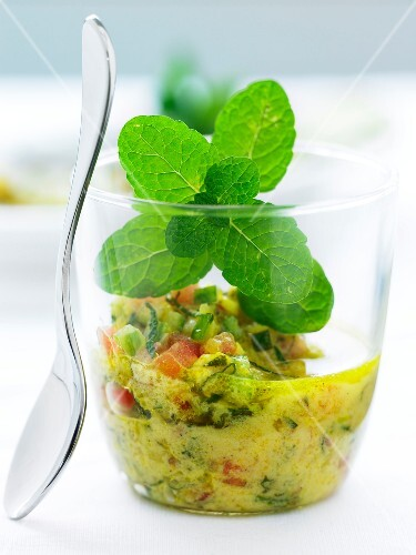 Vegetable and curry dressing