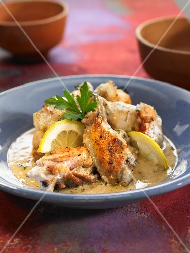 Baked chicken with yoghurt and lemon