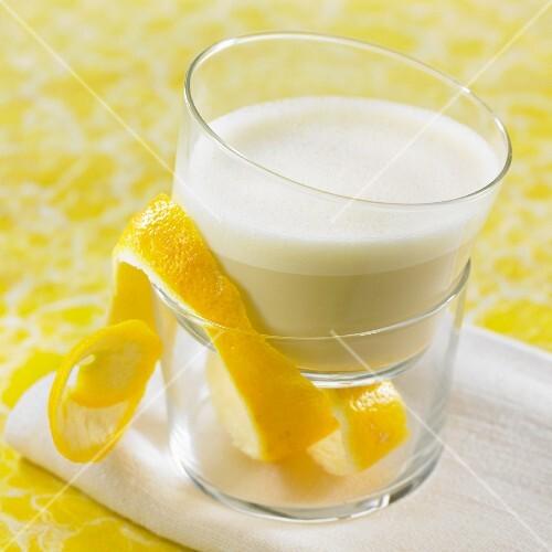 Lemon-flavored oat milk