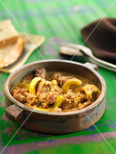 Pork's cheek and artichoke stew