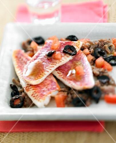 Red mullet fillets à l'anchoïade