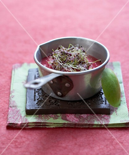 Cold cream of beetroot soup