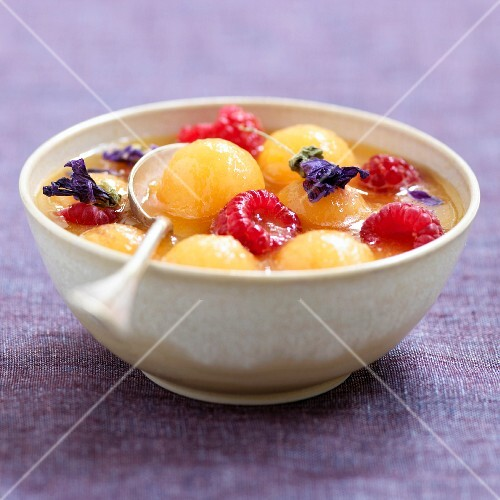 Quercy melon fruit salad