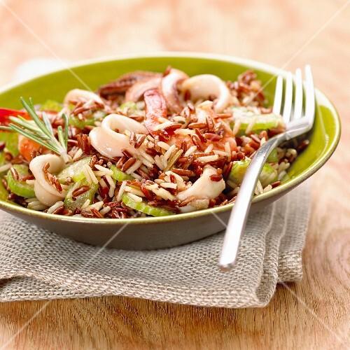 Camargue-Reis mit Tintenfisch