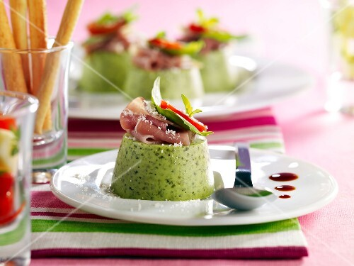 Pesto panacotta with raw ham