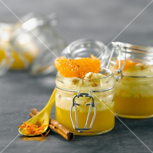 Cinnamon-flavored orange mousse,clementine jelly with ginger