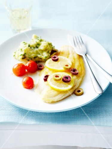 Fillet of sole with lemon,olives and mashed potatoes with chives