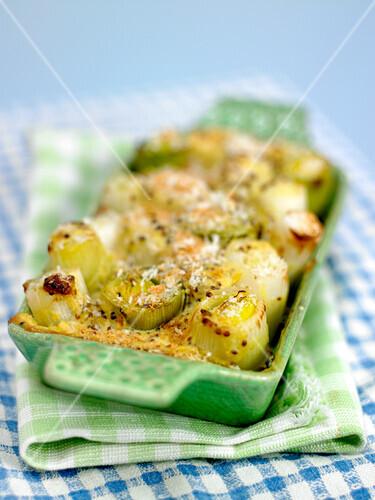 Leek and mustard gratin
