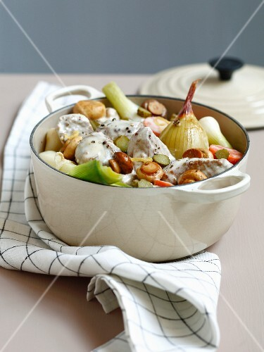 Veal blanquette in a casserole dish
