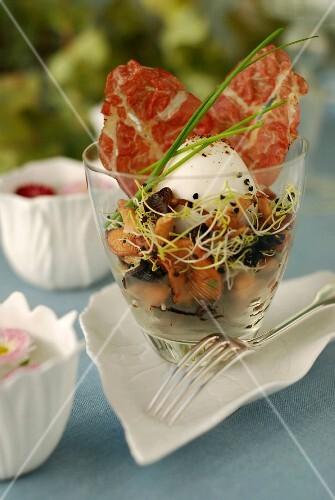 Poached egg,wild mushroom salad and crispy bacon