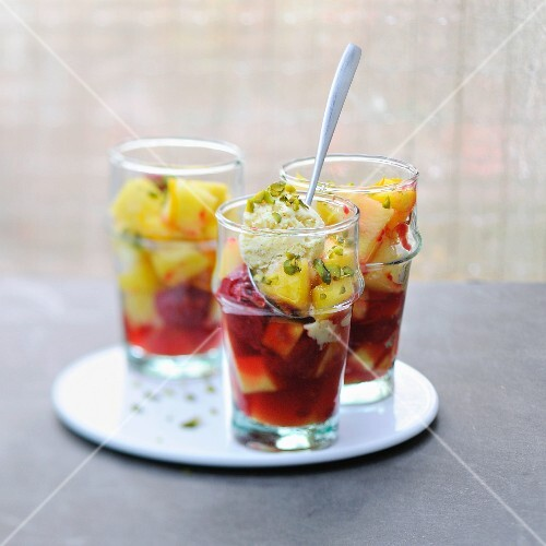 Roasted fruit, vanilla ice cream and pistachio Verrines
