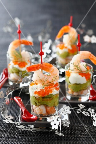Avocado mousse with shrimps