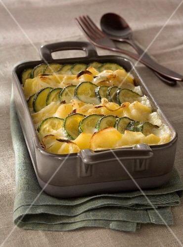 Potato and zucchini bake