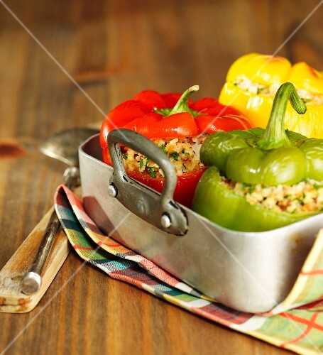 Peppers stuffed with bulghur