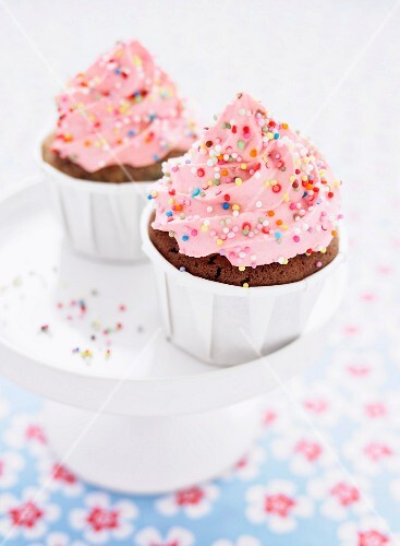 Chocolate cupcakes with strawberry topping