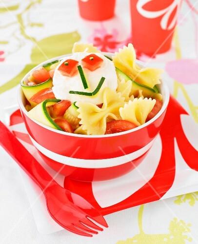 Pasta,zucchini,tomato and mozzarella salad
